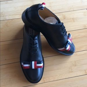 72b7260d0f Thom Browne Shoes - Thom Browne NY Wholecut tricolour bow shoe